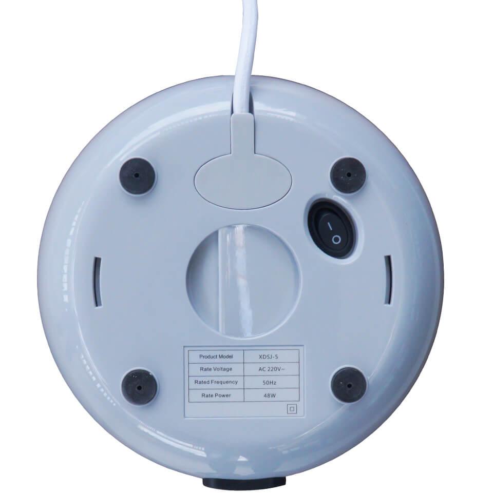 Mặt đáy máy khử khuẩn nước Ebraco DW05